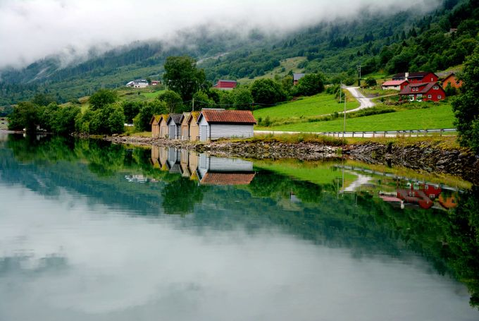LIZ_5647 by livit - Lakes And Reflections Photo Contest