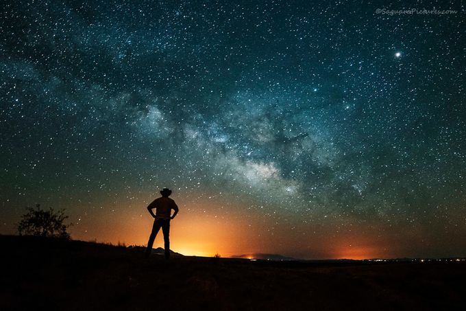 Astro Selfie by SaguaroPictures - People In Large Areas Photo Contest