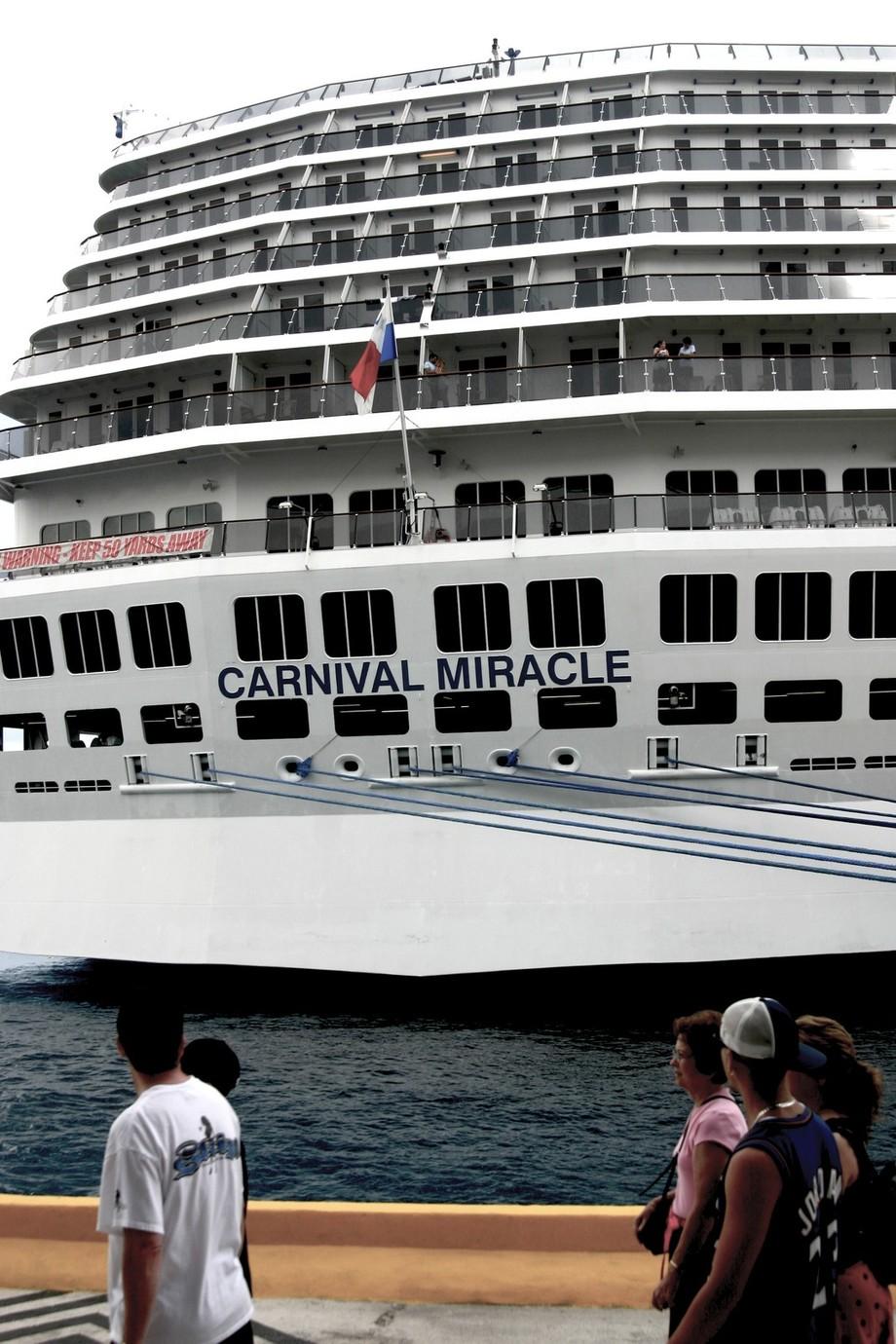 Carnival Miracle Costa Maya 2