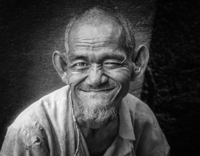 Cambodian smile by carlomarrazza