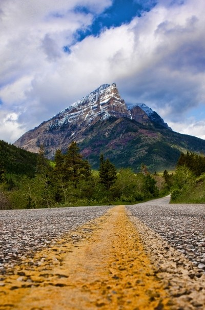 Red Rock Canyon Road - Waterton National Park