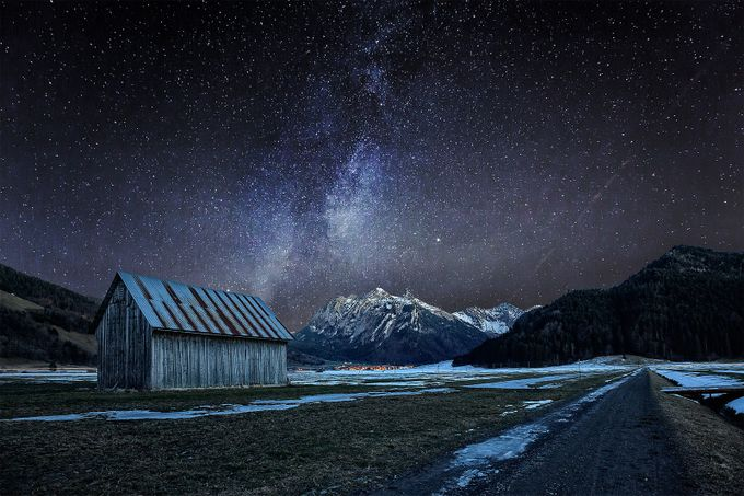 Lonesome hut in a cold night by pixadeleon - The Milky Way Photo Contest
