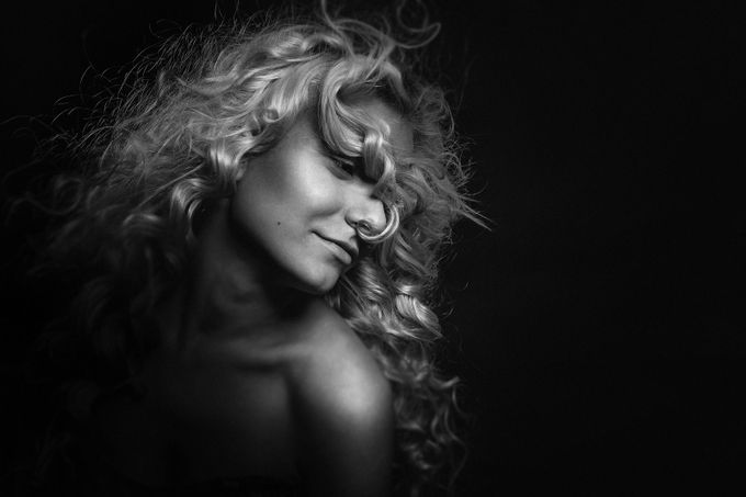 portrait1 by JaninReifer - A World In Black And White Photo Contest