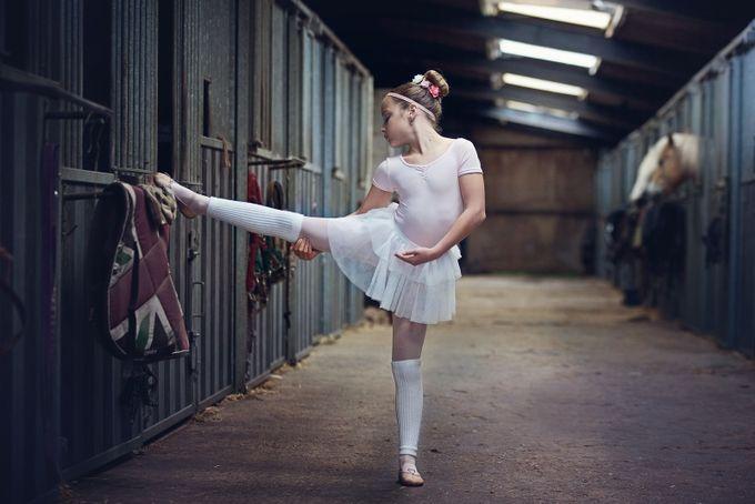 Country Ballerina by maaikeschauer