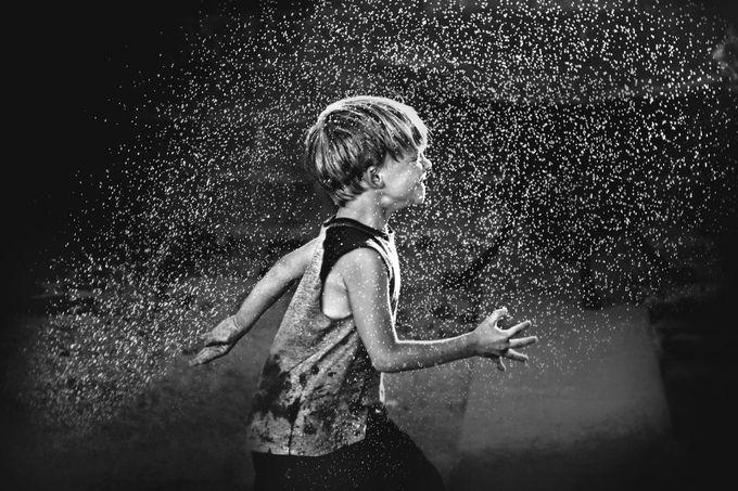 Dash by kapuschinsky - Get Wet Photo Contest