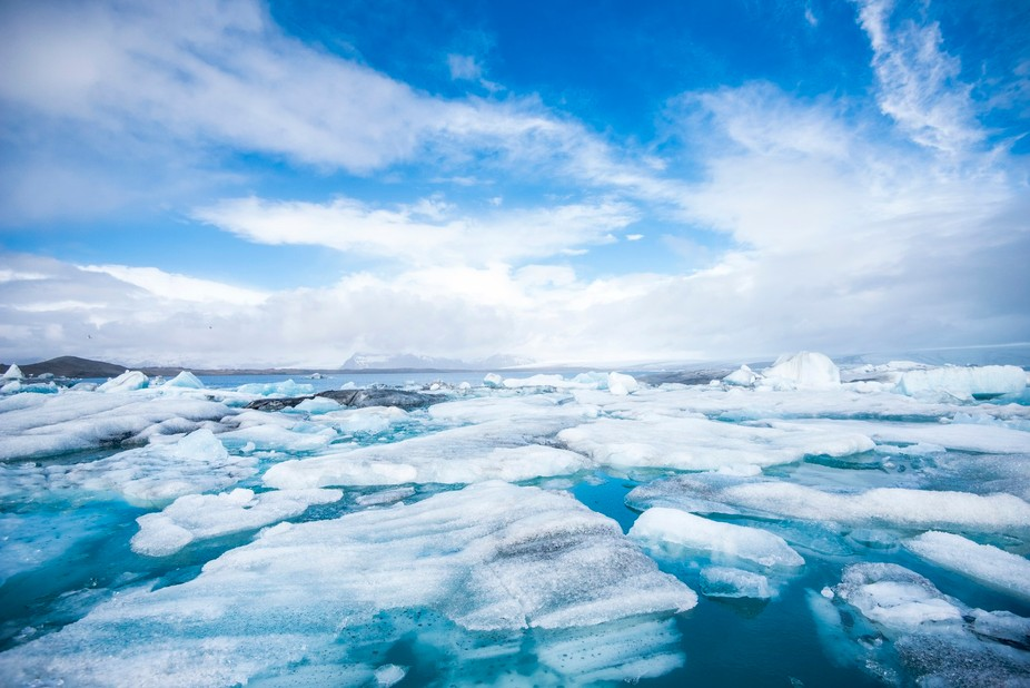 Icebergs drifting at Jökulsárlón glacial lagoon, Iceland.