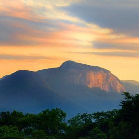 A view of the back of Table Rock in South Carolina near the North Carolina state line. I was looking for the last few rays of light that reflect ...