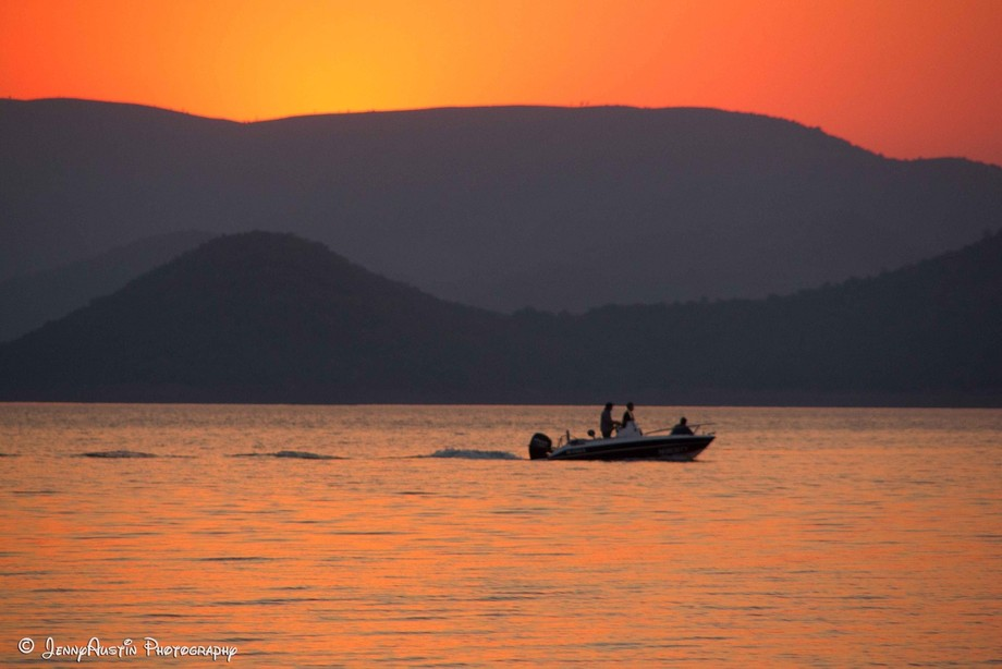 When the sun goes down the fisherman go home