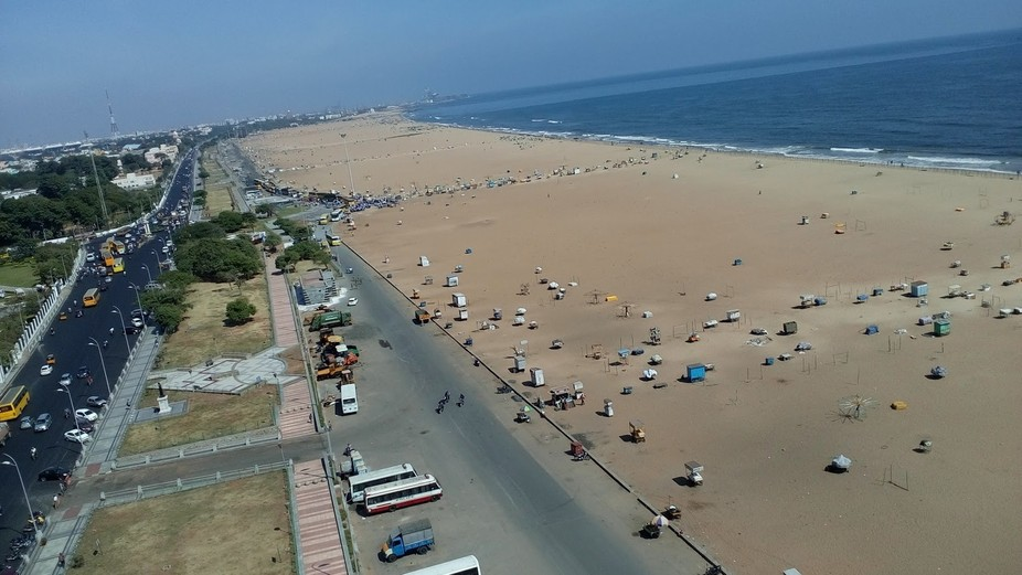 I shot from chennai light house, it's a clear view from the top to cover the length of m...