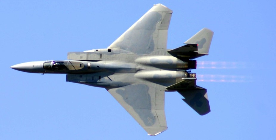 Handheld shot. ..taken with my old Canon Rebel DSLR with the 300mm at the Vero Beach Airshow.