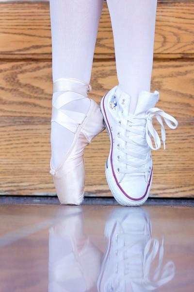 Ballerina & Coverse