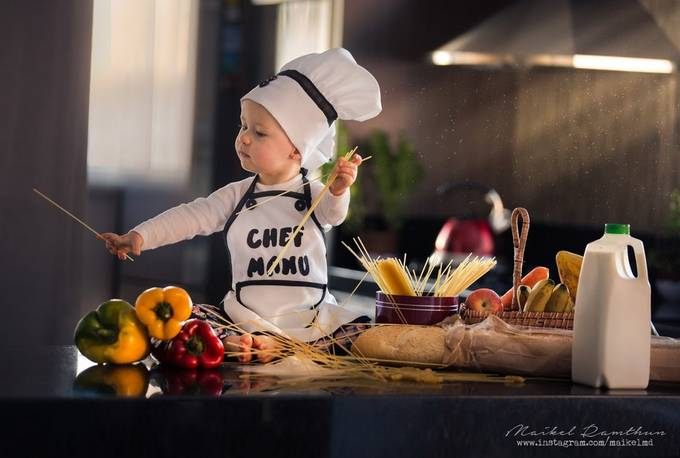The cook by maikelramthun - Kids With Props Photo Contest
