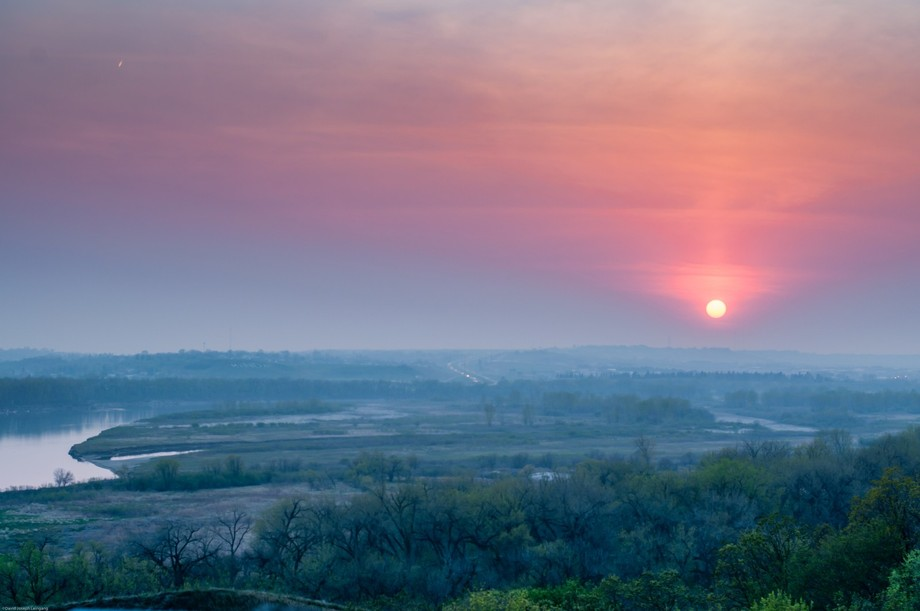 Stunning Midwest sunset through the smoke of a Canadian wildfire.