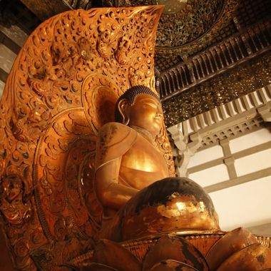 Byodo-in Temple Buddha statue