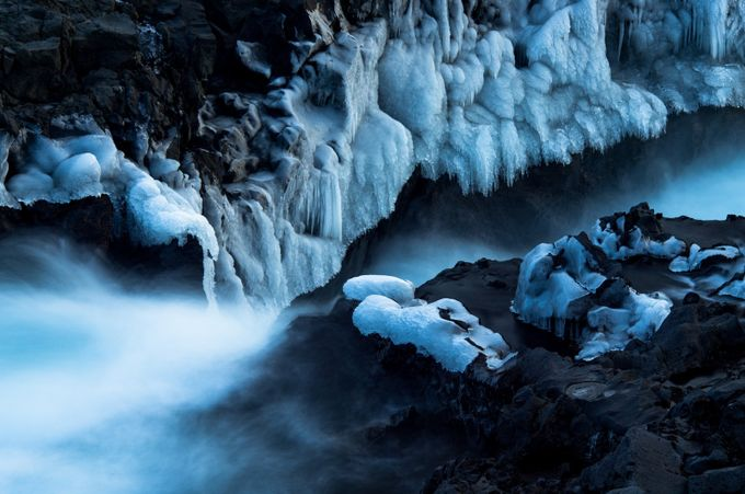 Hvita Ice by brittaoliver - Winter Long Exposures Photo Contest
