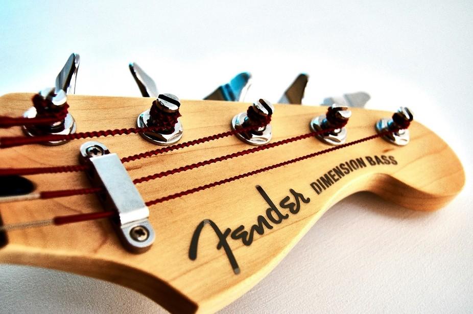 Fender Electric Bass Headstock