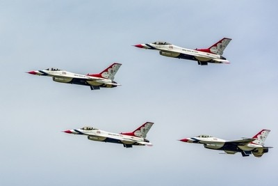USAF Thunderbirds Lockheed Martin F-16C Fighting Falcon (Block 52).