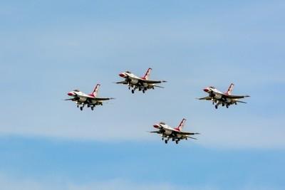 USAF Thunderbirds Lockheed Martin F-16C Fighting Falcon (Block 52).