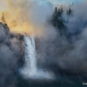 Visited Snoqualmie Falls early before sunrise and watched as the sun lit the morning fog from the river.