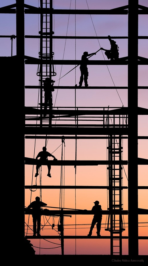 Acrobatic Workers by claumeeruddy - People In The City Photo Contest