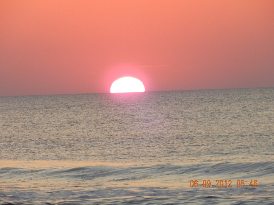 One of the many sunrise pictures I took on my trip to Avon, NC.