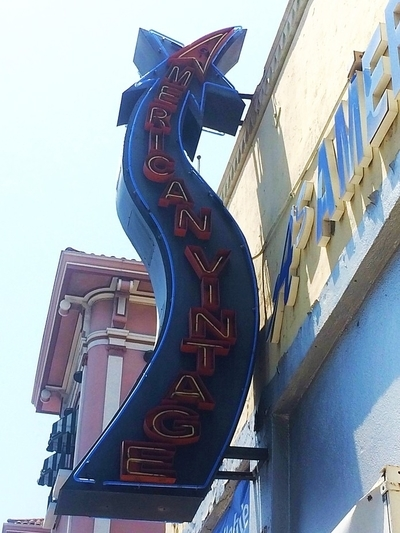 Hollywood Boulevard Vintage