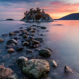 Rock Hopping at High Tide during sunset at Whytecliff park, West Vancouver , BC, Canada. Taken with the Canon eos 5dsr.  WEBSITE: http://pierre-l...