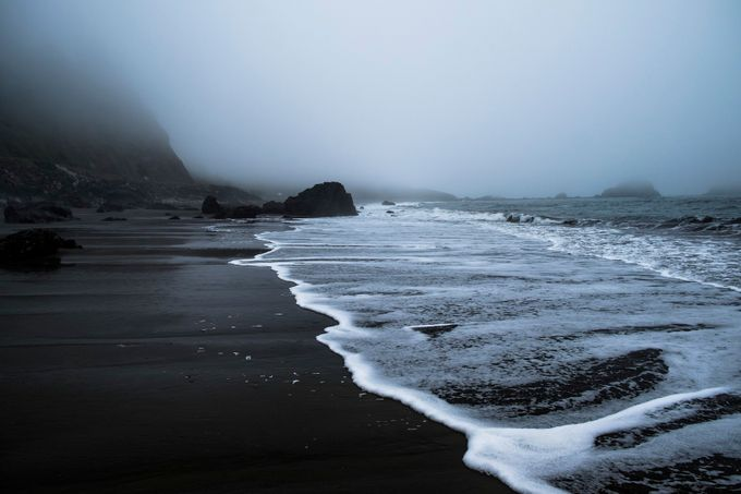 Vanishing Foam by C337 - Mist And Drizzle Photo Contest