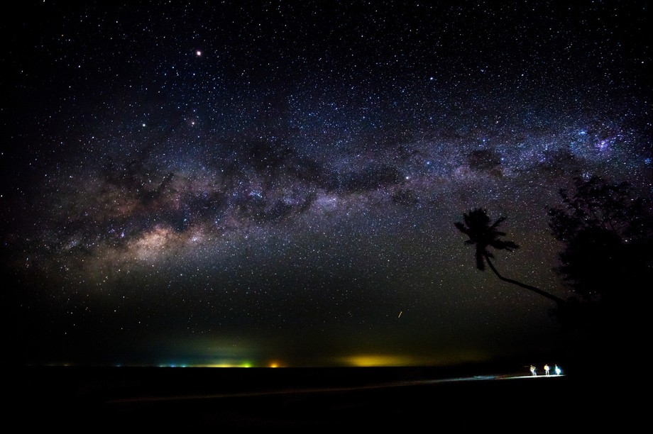 Saadani beach, Tanzania. The most incredible sky I have ever stood beneath. Milkyway was clearly ...