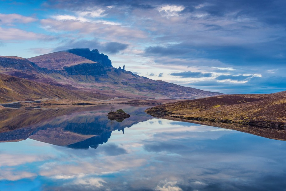 Taken in April 2016. Dawn in Skye looking towards the Old Man of Storr.