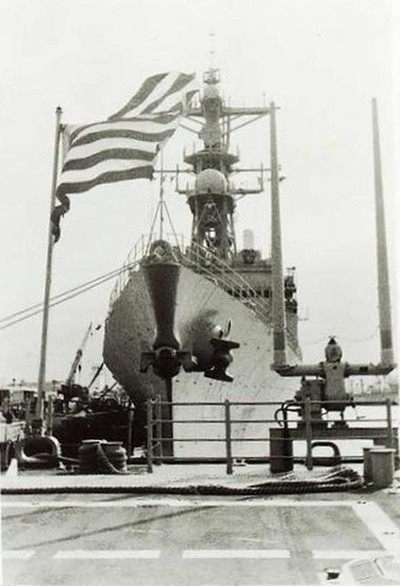 USS Spruance (DD-963) from the fantail of USS Gettysburg (CG-64)