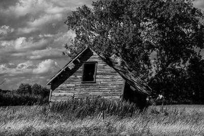 B&W Abandoned
