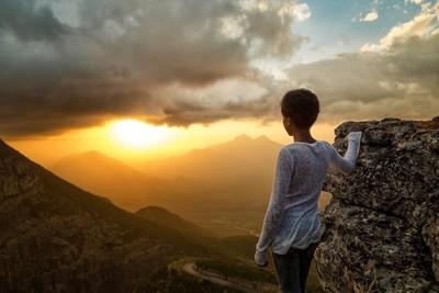Looking at sunset in Sierra da Leba