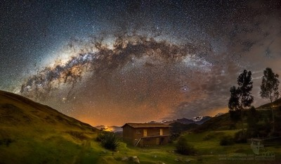 The Milkyway over Chonta. Cusco, Perú