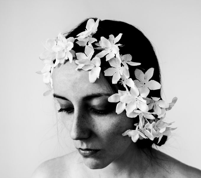 Flower girl by ellu - Black And White Female Portraits Photo Contest