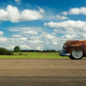 Photographed in Sweden. Love rusty old cars. This is an Oldsmobile.