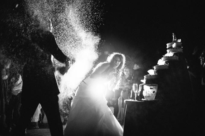 Champagne shower at wedding by alessandroavenali