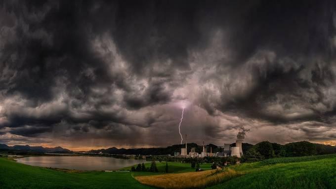 Power by Alexxphoto - Energy Photo Contest