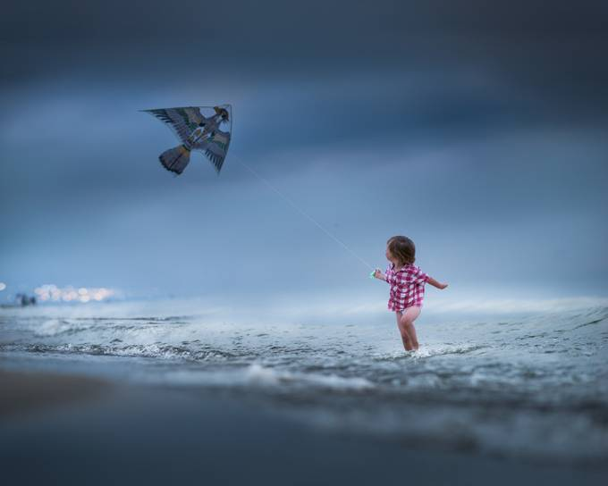 kites by the sea by Iwona