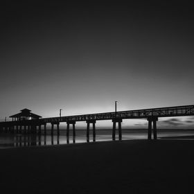 After sunset celebration on the beach of Fort Meyers with the old traditionell pier