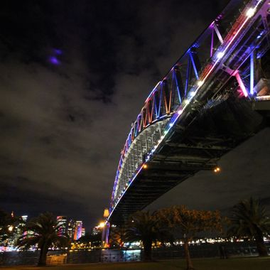 Sydney's famous Sydney Harbour Bridge, Taken on a cold winter's night