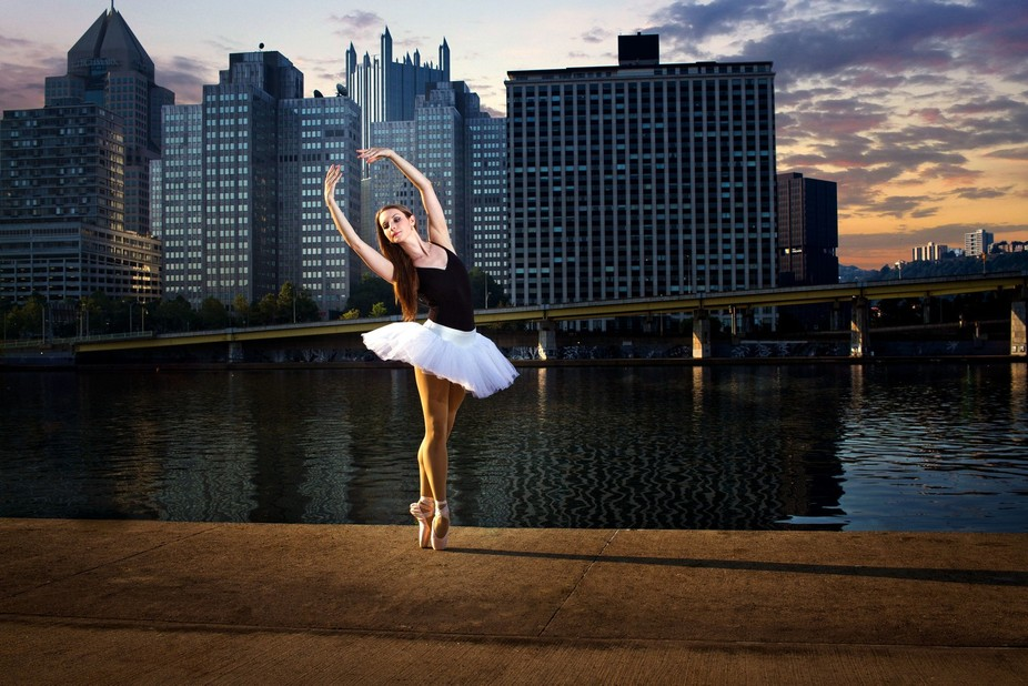A few dancer friends willingly woke up to do some sunrise shots in the city one weekend. I just p...
