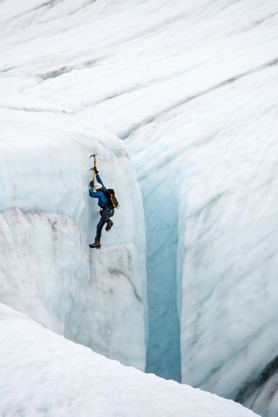 ICE CLIMBING ON KENNICOTT GLACIER