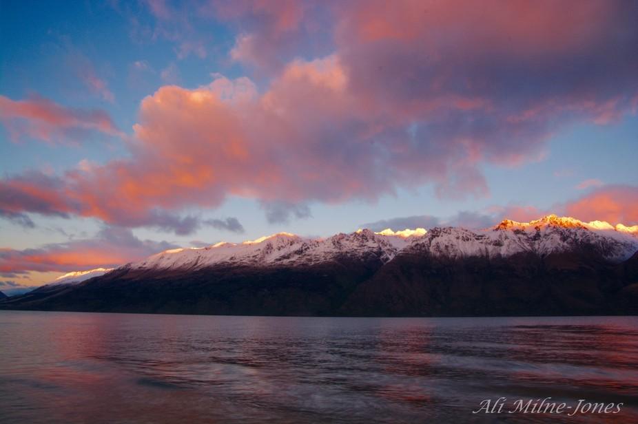 Sunrise Lake Wakatipu