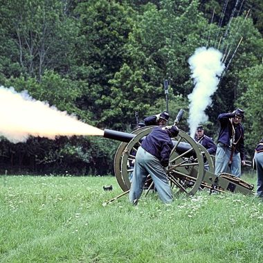 Union Cannon Fire!