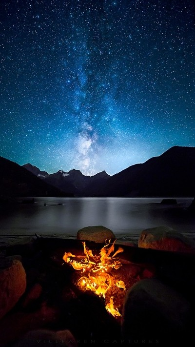 Jones-lake-(Milky-Way-&-Fire)