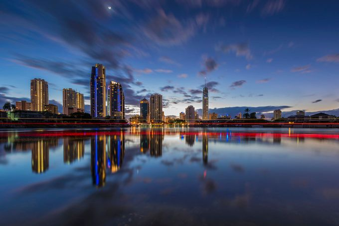 Surfers Paradise boat trails by Merbert - City In The Night Photo Contest