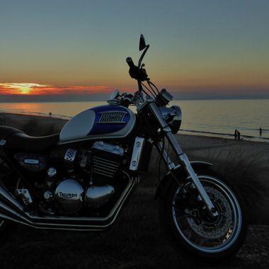 Triumph @ Findhorn Beach