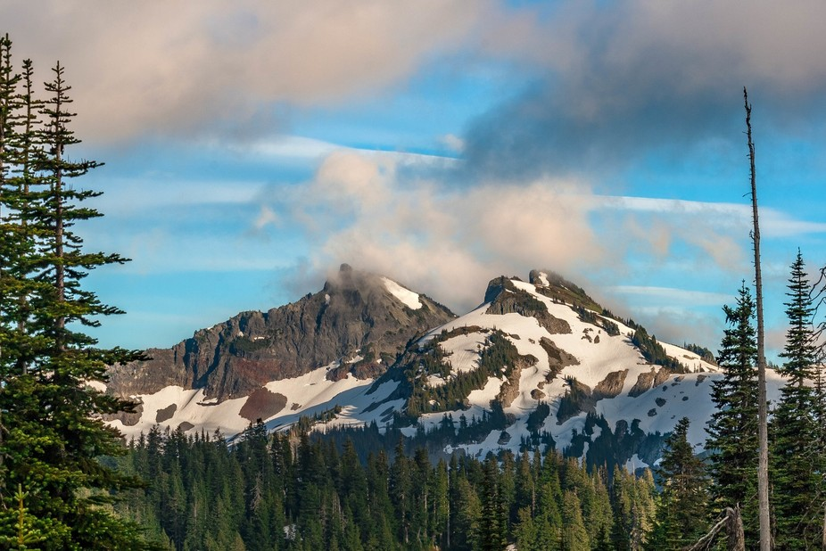 This landscape photos that I took with my Canon 400D and the kit lens, was taken from Mountain Ra...