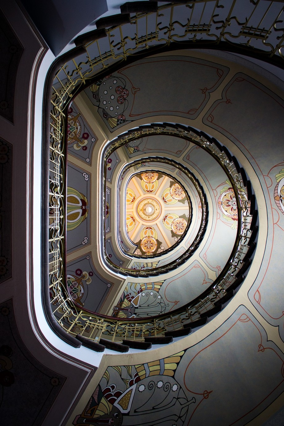 Art Nuoevau by naurisdollins - High Ceilings Photo Contest
